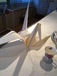 ウクレレパイナの日は、折り紙とウクレレ